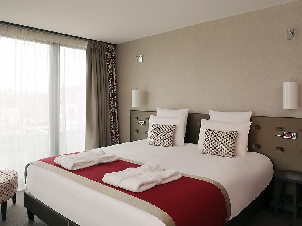 hotel mercure clermont ferrand centre jaude. Black Bedroom Furniture Sets. Home Design Ideas