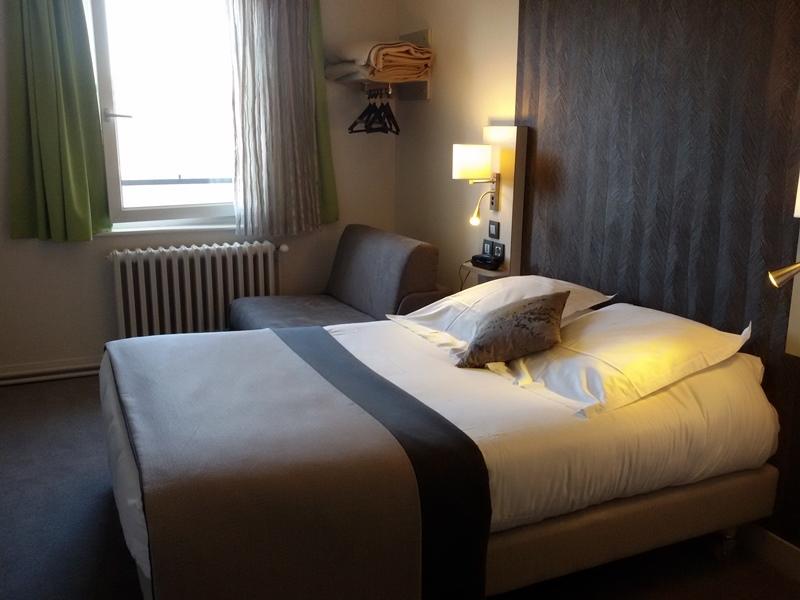 h tel albert elisabeth clermont ferrand. Black Bedroom Furniture Sets. Home Design Ideas